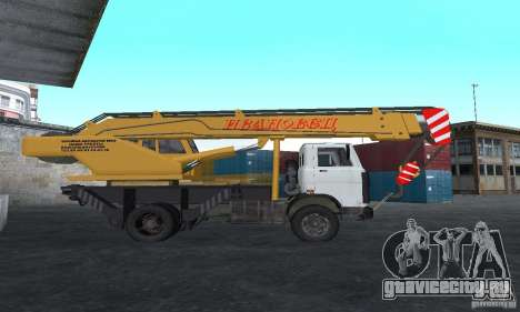 MAZ Автокран для GTA San Andreas вид слева