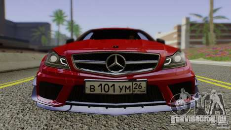 Mercedes Benz C63 AMG Black Series 2012 для GTA San Andreas вид сзади