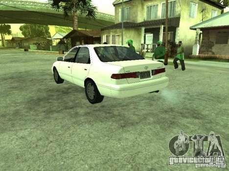 Toyota Camry 2.2 LE для GTA San Andreas вид сзади слева