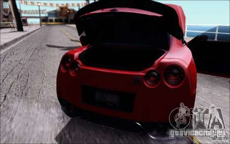 Nissan GTR Egoist 2011 (Версия с грязью) для GTA San Andreas вид справа