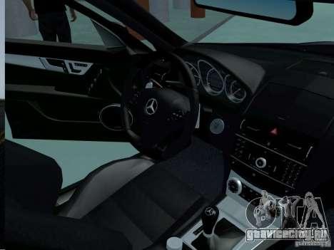 Mercedes-Benz C63 AMG 2010 для GTA San Andreas вид справа
