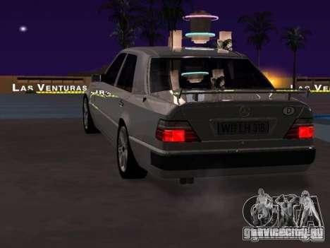 Mercedes-Benz E500 Taxi 1 для GTA San Andreas вид справа