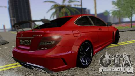 Mercedes Benz C63 AMG Black Series 2012 для GTA San Andreas вид слева