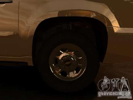 Chevrolet Suburban GMT900 2008 для GTA 4 вид сзади слева