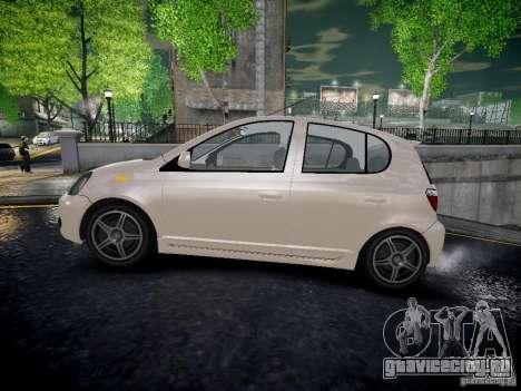Toyota Vitz для GTA 4 вид слева