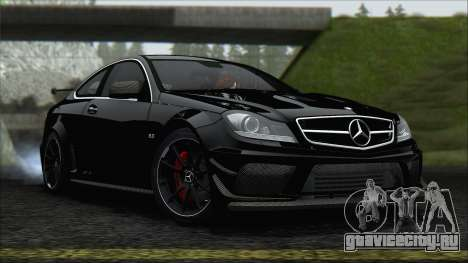 Mercedes C63 AMG Black Series 2012 для GTA San Andreas вид сзади слева