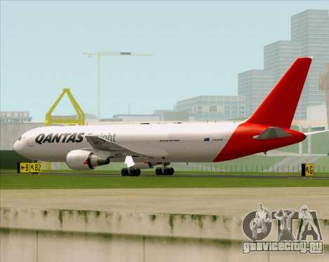 Boeing 767-300F Qantas Freight для GTA San Andreas вид сзади слева