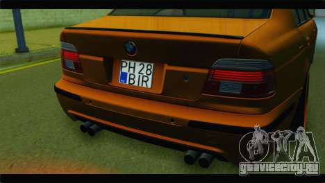 BMW M5 E39 Simply Cleaned для GTA San Andreas вид сзади