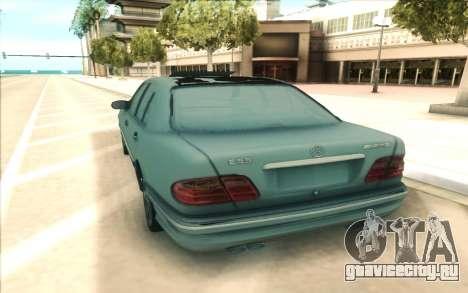 Mercedes-Benz W210 E55 для GTA San Andreas вид сзади