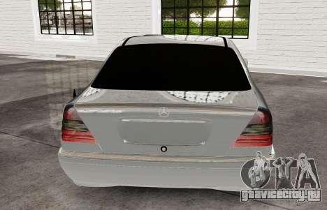 Mercedes Benz с180 для GTA 4 вид сзади слева