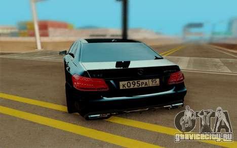Mercedes-Benz E500 для GTA San Andreas вид справа