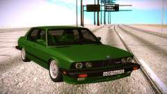 BMW 528E