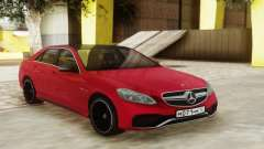 Mercedes-Benz E63 Sedan Red для GTA San Andreas