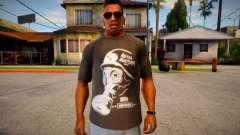 T-shirt with gas mask для GTA San Andreas